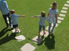 Sống chung như vợ chồng, giải quyết tranh chấp về con cái, tài sản như thế nào?