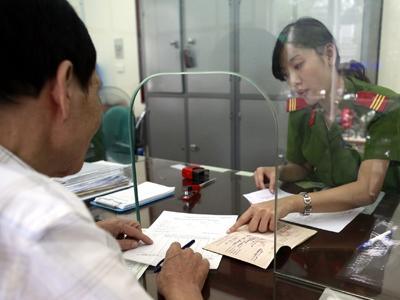 Thủ tục xin giấy phép lao động và thẻ tạm trú cho người nước ngoài